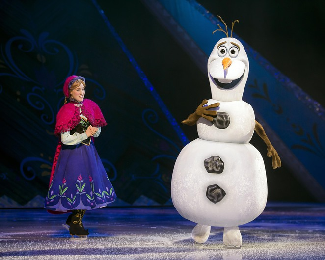anna-olaf-frozen-disney-ice-brisbane-june