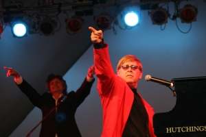 Elton Jack Red Jacket (002)